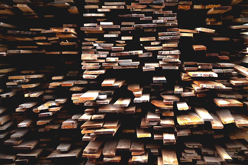 Toute découpe de bois sur mesure et à la demande à la scierie Labattut à Neuvic en Dordogne